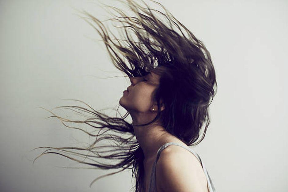 Revitaliser vos cheveux avec un traitement à l'argile et à l'huile de coco