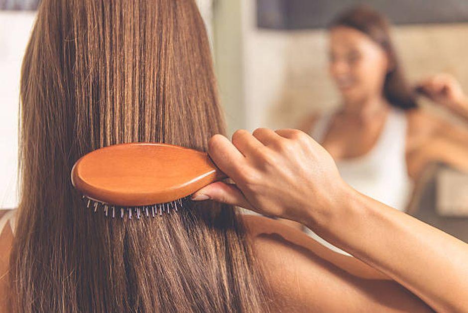 5 traitements capillaires pour traiter les cheveux secs naturellement