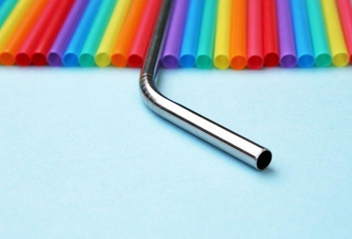 Pailles en métal: une alternative pour réduire le plastique